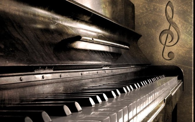Piano_by_TheDigitalVee-BB (1)