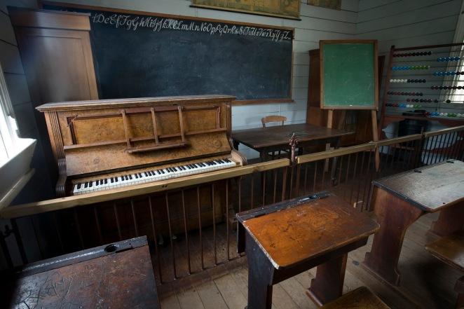 19th_century_classroom,_Auckland_-_0795